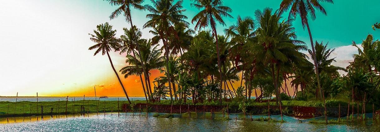 8Nts Cochin  Munnar Thekkady Houseboat  Kovalam Kanyakumari